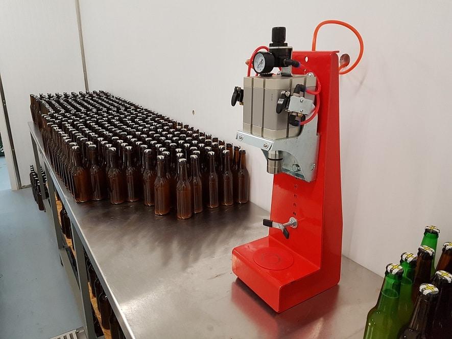 Розлив пива в бутылки. Пивоваренное оборудование